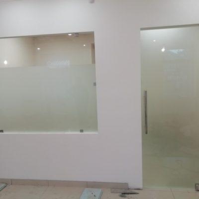 Двері скляні матові від виробника.