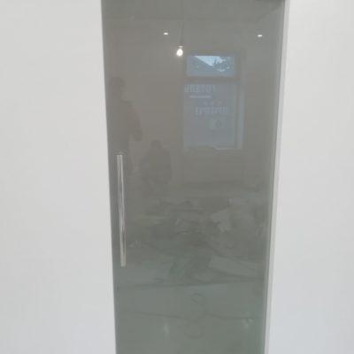 """Двері скляні від виробника """"Студія гартованого скла"""""""
